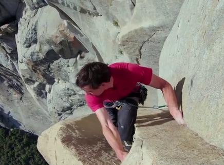 《徒手攀岩》口碑特辑 用有限生命追求无限热爱