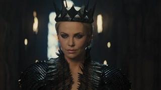 皇后与公主面对面 下落黑色碎石杀死后续军队