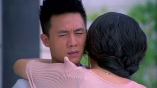 林泽丰和前女友爱的抱抱!没想到竟被小新母亲看到了!