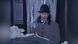 男子想劈开张铁林爷爷的棺材?结果直接被吓尿后弄死了!