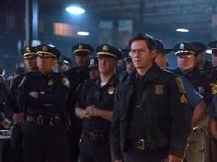 《恐袭波士顿》警力全开特辑 FBI联手警察燃爆反恐