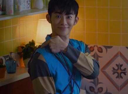 《再见汪先森》剧情版预告 萧子墨张国强上演宠物奇缘