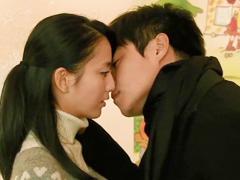 北京爱情故事:佟丽娅陈思成拥吻1分钟