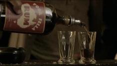 澳大利亚 片段之Drink at the Bar