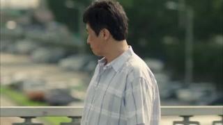崔警官偶遇顺爱爸爸,注意到奉仙和顺爱系鞋带的方式一样