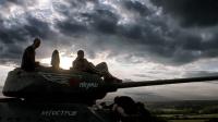 重装机甲硬核登场!重现苏德坦克大对决