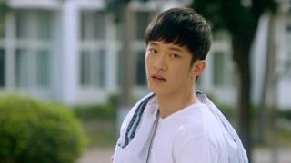 我是你妈:赵小艺外出抽烟遇滑板心上人 名字是叫流星还是刘星