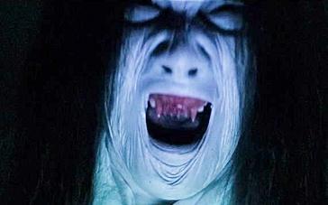 《枕边有张脸2》先行版预告 女主解梦不成被缠身