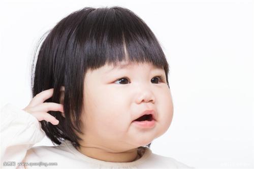 表情 小孩子抓脸 小孩子脚印 小孩子哭泣 儿童小脏脸 西西下载网 表情