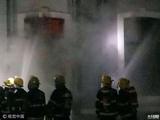 广州旧民房突发大火 暂无人员伤亡