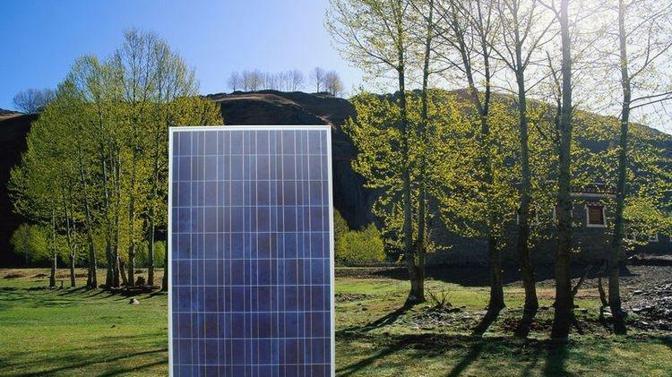 新一代太阳能灯,防水耐用,零电费,环保还耐用