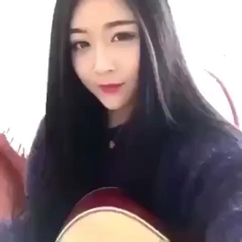 美女演唱送给前男有的歌