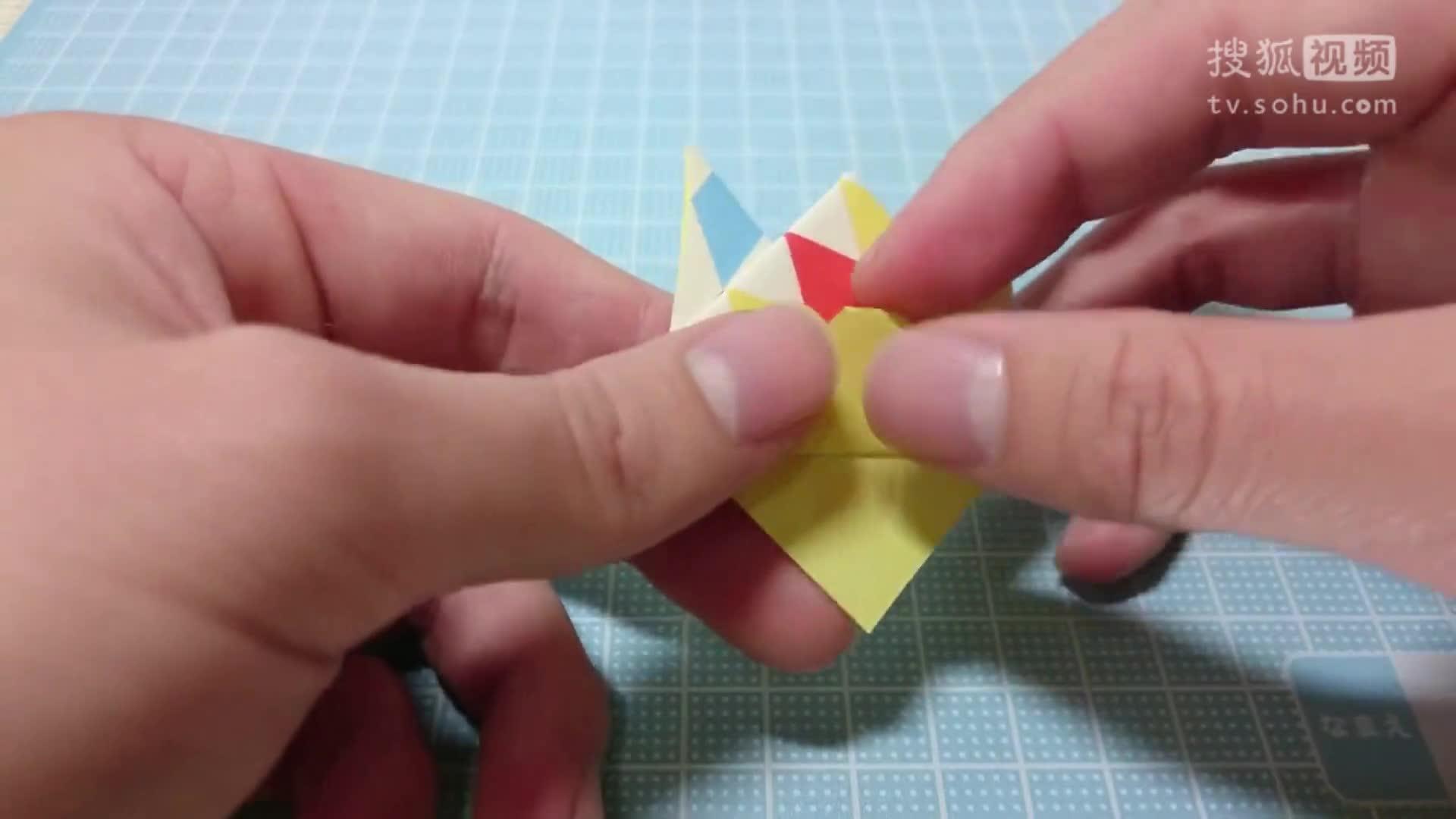纸纸笔筒的折法步骤图解