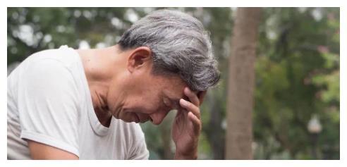 68歲獨居老人的哭訴!有兒女沒人管?晚年淒涼的她說:不如死瞭