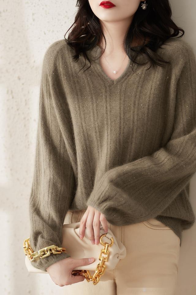 """新火瞭一女裝,叫""""暖冬衫"""",6070女人穿,實在嫩的不一般"""