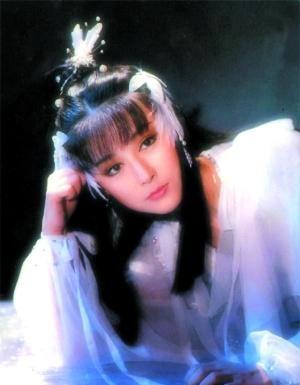奇迹私服手游无限元宝破解版以前的古装剧女星,没有满头珠翠夸张造型,简单就很美