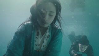 沈炼终究无法做个恶人 跳入水中救起北斋