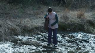 《义海》童年挺着大肚子跋山涉水失去逃命还是另有作为