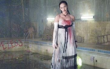 《詹妮弗的肉体》限制级中文预告 嗜血娇娃连环杀