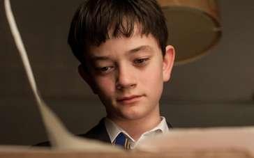 《怪物召唤》电视预告 少年康纳求助恶魔契约