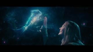 奥萝拉公主见到奇幻的精灵欣喜若狂