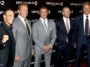 《敢死队2》首映硬汉聚首 史泰龙丧子后首次亮相