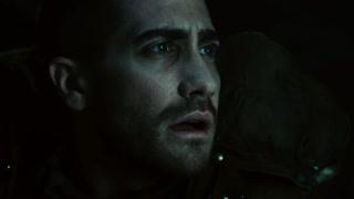 科特又一次惊醒发现自己身处一个密闭的太空仓里 一头雾水的科特