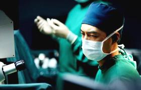 到爱的距离-37至39:李晨接受调查停止手术