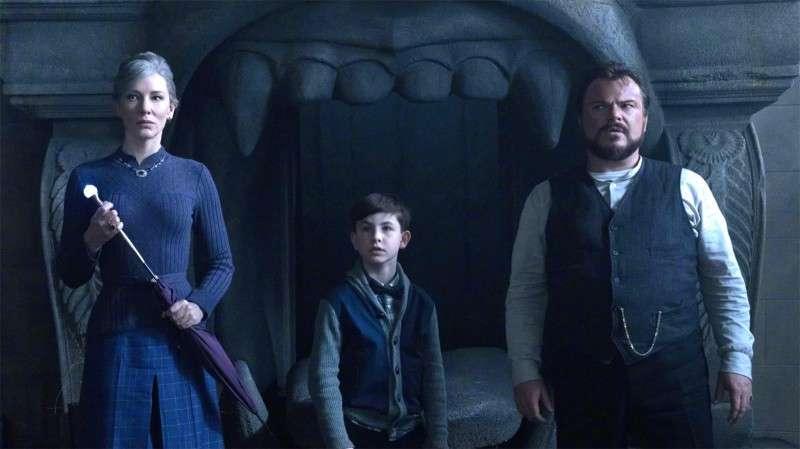 《墙上有一个钟的房子》预告 密室恐怖片玩出新花样