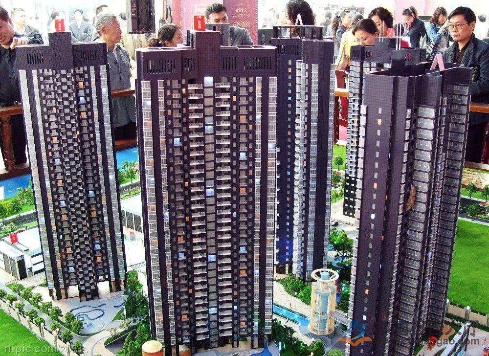 如今一万一平的房子,十年后又能卖多少钱?网友:肯定比现在多