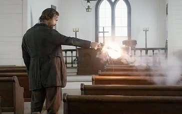 《琼斯的自由国度》美版预告 马修教堂开枪杀人