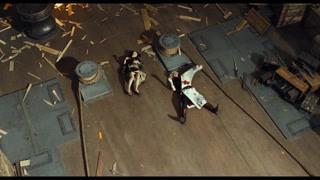 银时和高杉打到最后已经放弃了刀剑开始肉搏了
