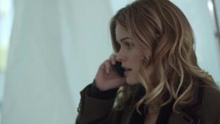 布鲁克深夜长途电话 只让闺蜜去她家拿一封信