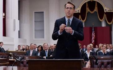《金衣女人》精彩片段 瑞安·雷诺兹法庭上巧舌能黄