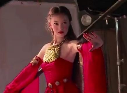 《勇士之门》特辑 撩人公主倪妮上线