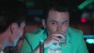 洞房时刻新郎在泡酒吧 基友都怀疑是不是有隐疾