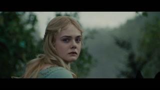 奥萝拉公主骑马赶回人类城堡