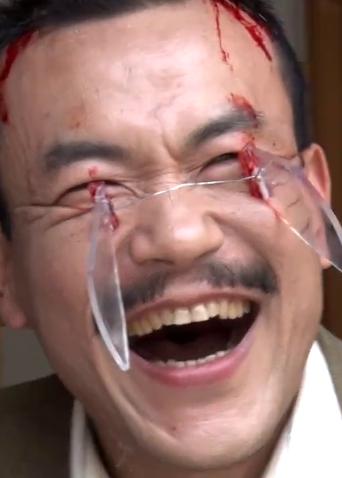 """《邪不压正》动作戏花絮 廖凡头戴""""玻璃发箍"""" 姜文彭于晏笑岔气"""