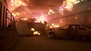 隧道发生爆炸陷入火海