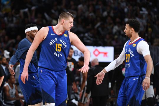 NBA季后赛首轮:马刺90-108掘金G5