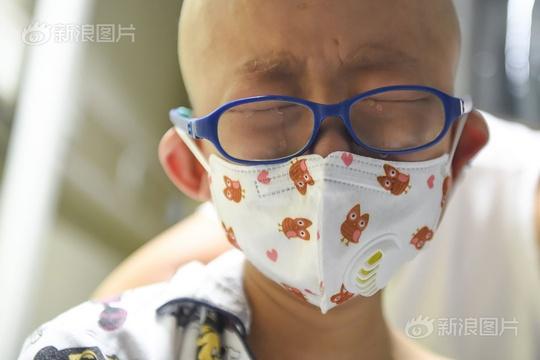 血癌男孩:妈妈你还不如不生我!