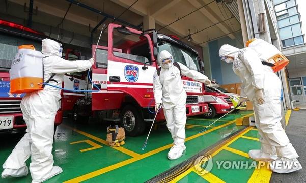 韩国新冠肺炎累计确诊2337例 防疫工作进行时【组图】