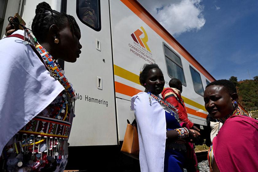 搜狗图片-share555中企承建的肯尼亚内马铁路一期通车(2)