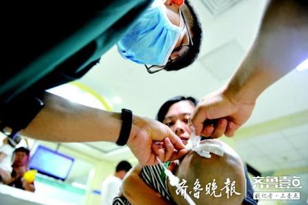 探班:儿科病房里的95后男护士