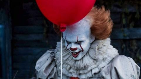 专吓坏孩子的可怕小丑