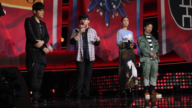 导师陈奕迅:有些学员让我想爬回去