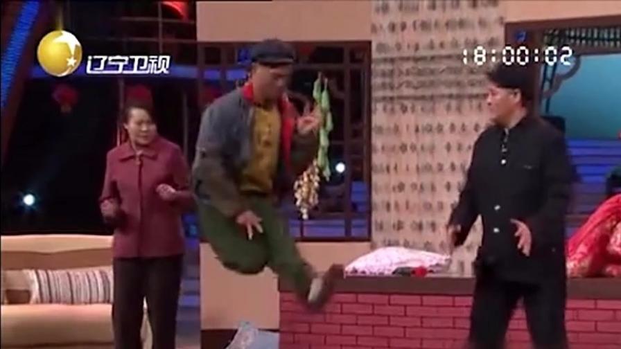 生日快乐:赵四终于忍不住爆发,赵本山说他跳街舞吓人