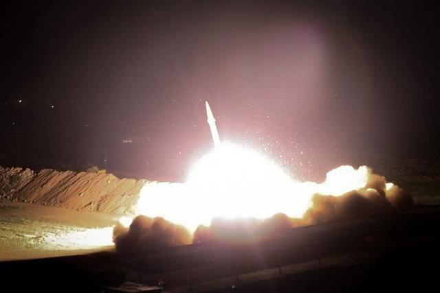 奇迹sf伊朗版24小时:袭击美军、飞机失事、地震,想到的想不到的全来了