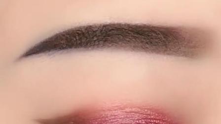 眼妆教程,教你如何画眼线