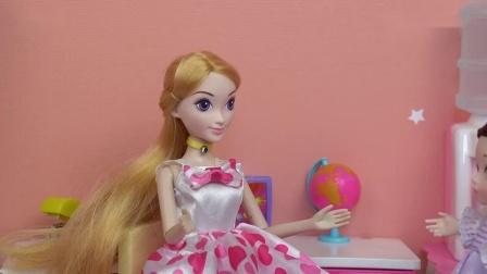 芭比娃娃故事:数学老师总是占用美术课,小芭比找老师讲道理